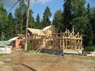 Сборка деревянных конструкций нашего производства/
