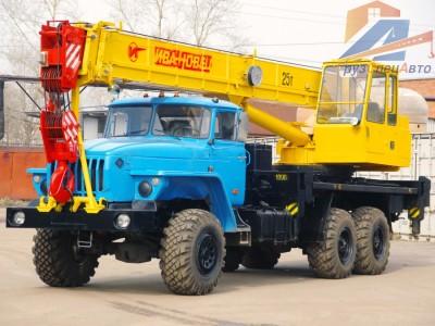 Автокран Ивановец, г/п 25 тонн/