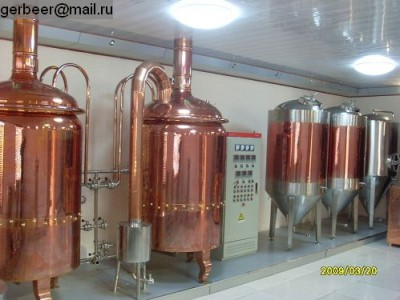ООО Джинанськая компания механического оборудования «Deyu» (фабрика) занимается проектированием, изготовлением и <a target=_top  href=/poisk/продажей><big>продажей</big></a> пивоваренных заводов (под ключ) различного уровня (мини-пивзаводы,пивоварни), пивоваренного оборудования для ресторанов, а также спец/