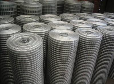 Сетка штукатурная сварная плетеная тканая применяется как армирующая основа при штукатурных работах.  Штукатурка(раствор) - непосредственно наносится на деревянные и металлические конструкции, часто дает трещины и отскакивает. Такие конструкции покрывают/